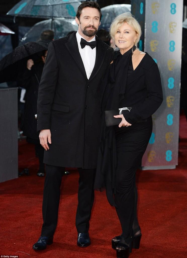Hugh Jackman y su mujer Deborra-Lee Furness  Read Bafta 2013